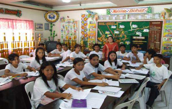 giáo dục trên diện tích philippines
