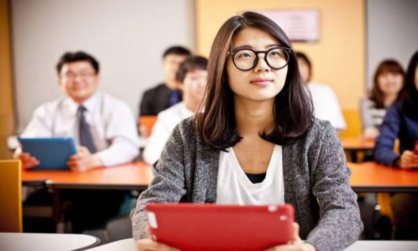 du học tại Philippines có cần học tiếng tagalog không