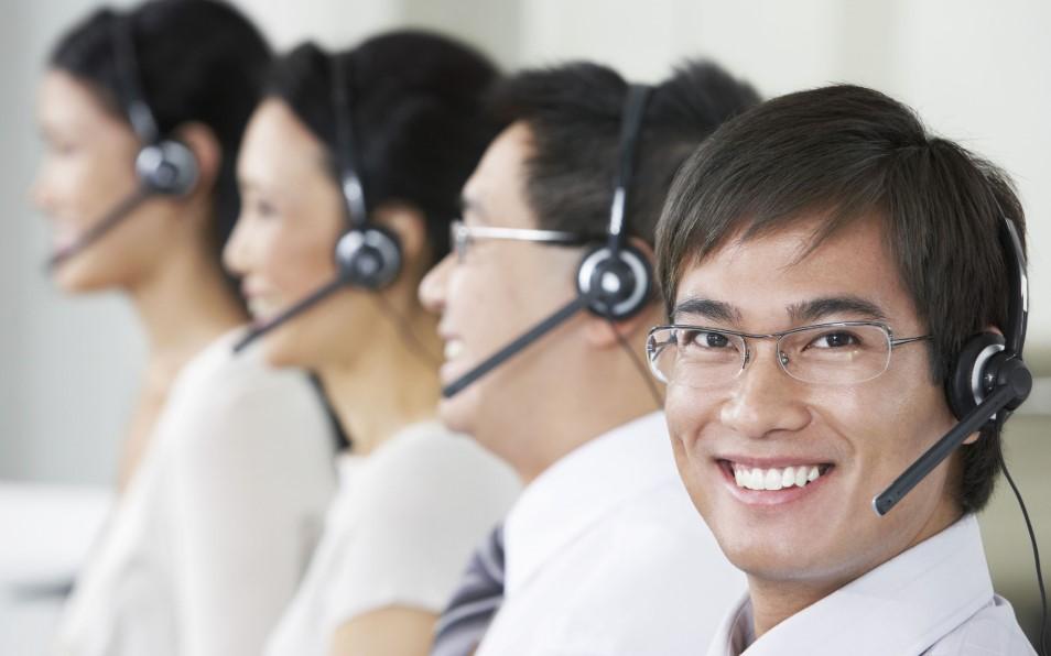 tu-van-vien-lam-viec-tai-callcentrer-philippines