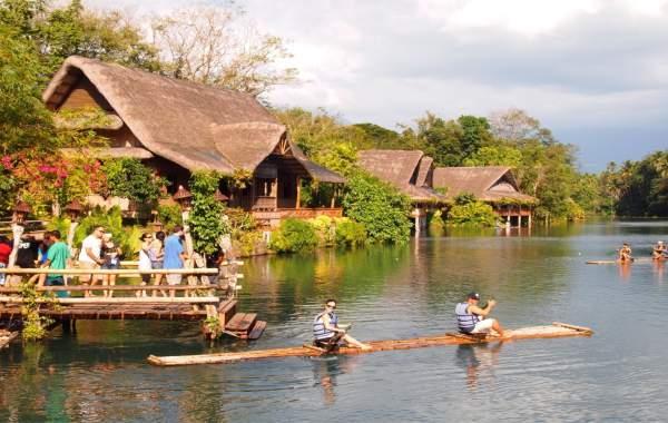 du-lich-tuc-tuc-laguna-philippines