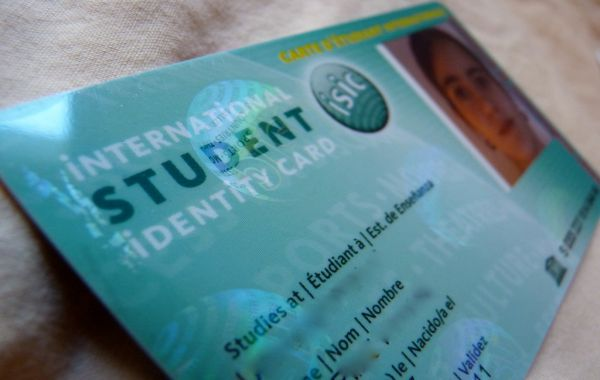the-student-id-la-gi