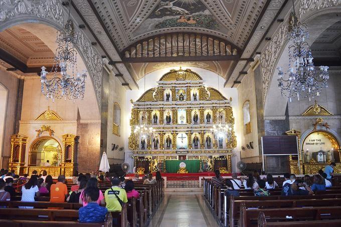 nha-tho-Basilica-Santo-Nino-tai-thanh-pho-cebu