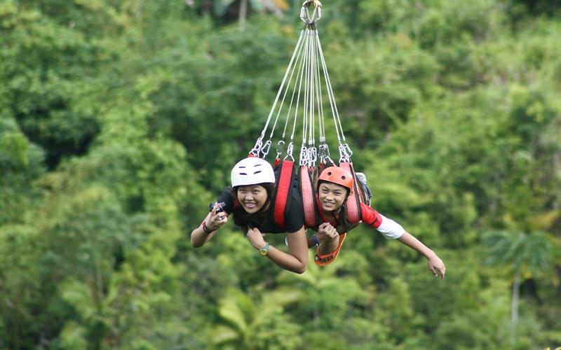 zipline-cong-vien-loboc-eco-adventure